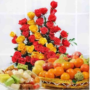 Special Combo with Flowers, Sweets & Fruits